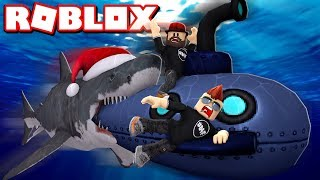 RUNNING FROM SHARK WITH SUBMARINE in ROBLOX SHARKBITE
