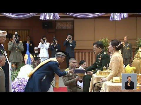 ในหลวง-พระราชินี พระราชทานรางวัลทดสอบ การอัญเชิญพระมหาคัมภีร์อัลกุรอาน ณ จ.ปัตตานี
