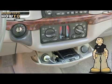 How To Turn Your Car Ashtray Into An Audio Input