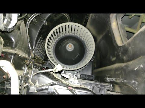 Причина неисправности моторчика печки Рено Флюенс