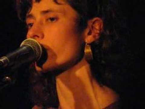 Клип Diane Cluck - The Turnaround Road