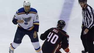 Boll and Reaves settle their differences with long tilt