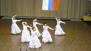 Восточный танец-шоу.