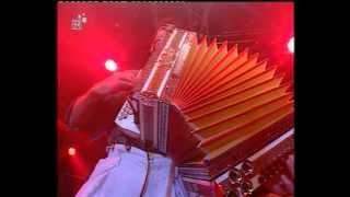 """Hubert von Goisern & die Alpinkatzen - Solide Alm """"Live aus München"""""""