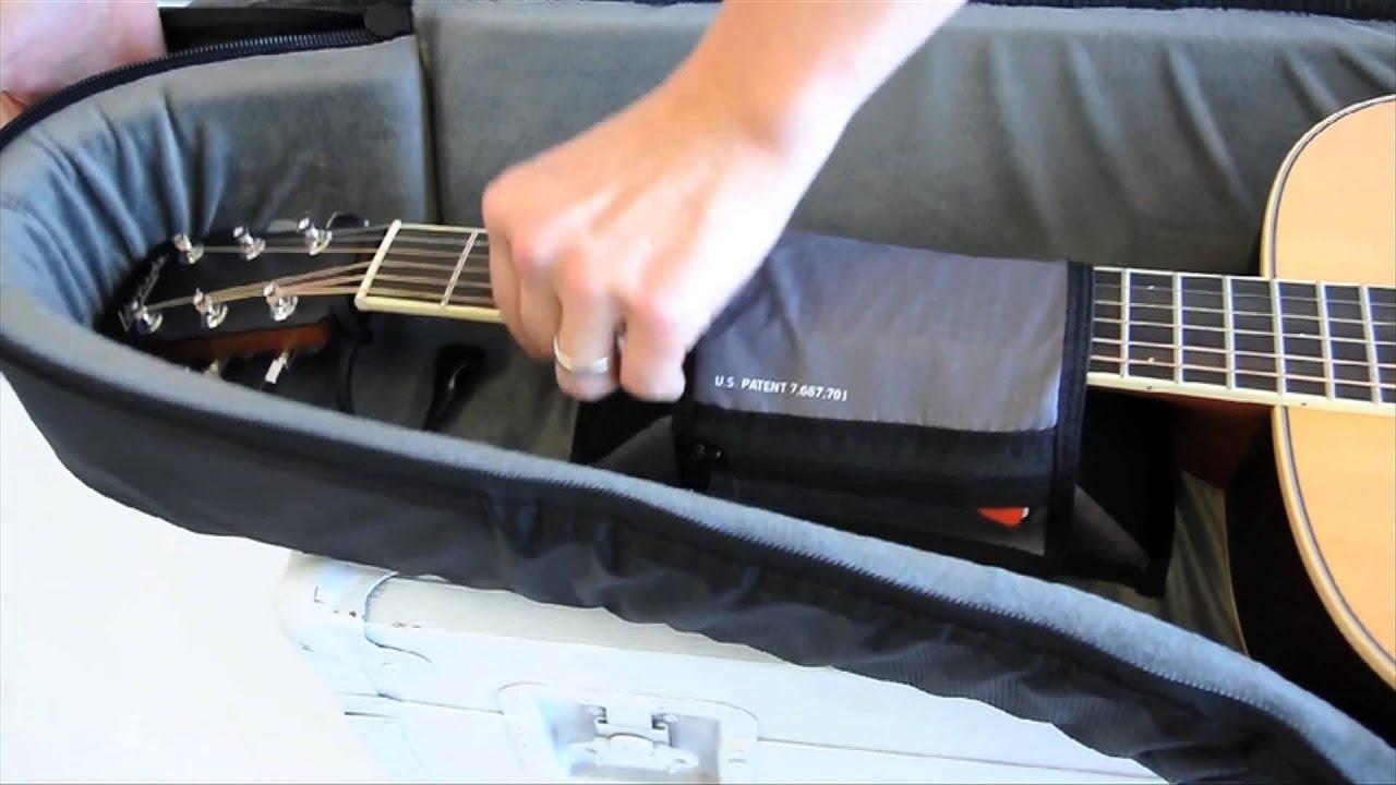 6914950b13 Open Box MONO M80 Dreadnought Guitar Hybrid Case Jet Black | Musician's  Friend