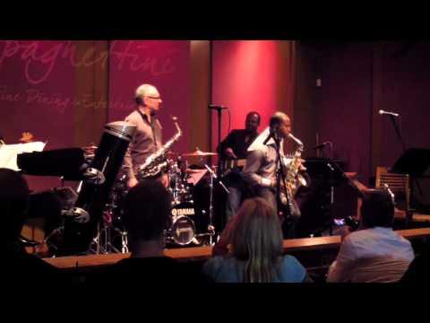 Cantaloupe Island - Eric Darius & Rocco Ventrella (Smooth Jazz Family)