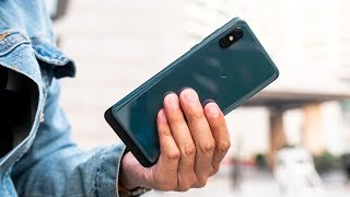 Xiaomi Mi Mix 3 Hands On: Sliding in