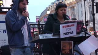 Shreya Rai & Ben Richardson impromptu Act | Busk For Nepal | 15-05