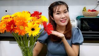MẸO CẮM HOA 10 NGÀY VẪN TƯƠI VÀ NƯỚC TRONG BÌNH KHÔNG THỐI /10 days flower still does not stink .