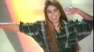 Lucerito / Millones Mejor Que Tu (Video Oficial)