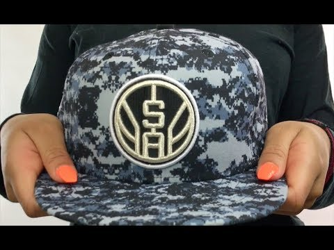 big sale 140b9 43fba Spurs  CITY-SERIES SNAPBACK  Camo Hat by New Era