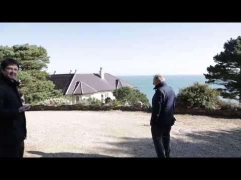 VIDEO: TV3 broadcaster Vincent Browne appears at Brian O'Donnell's mansion