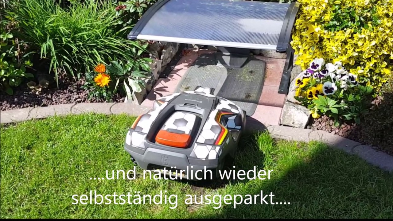 husqvarna automower berdachter parkplatz automower 310 garage youtube. Black Bedroom Furniture Sets. Home Design Ideas