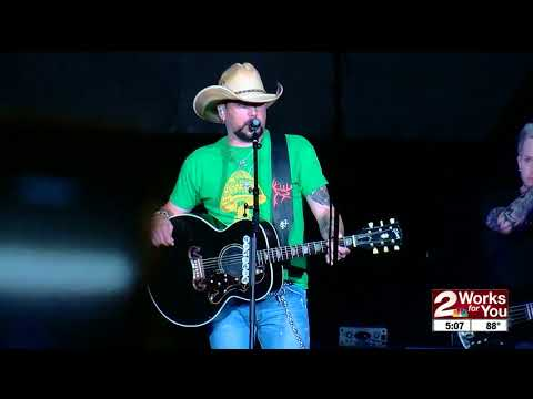 Fans react to Aldean's message at Tulsa concert