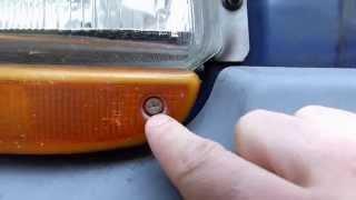 Comment changer une ampoule de clignotant avant sur Twingo 1