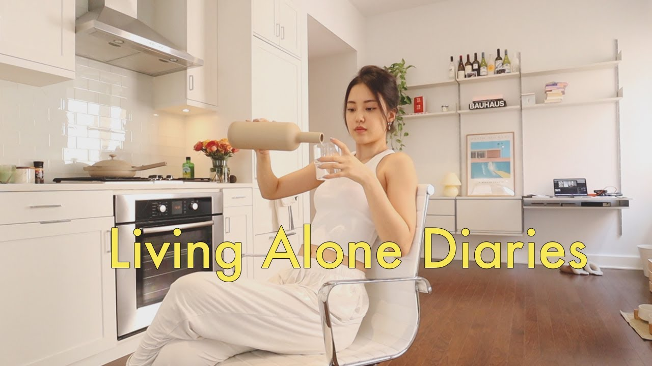 Living Alone Diaries | Simple and casual days in my life, bedroom and kitchen decor!