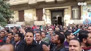 رصد | حاملو الماجستير والدكتوراة يواصلون تظاهراتهم للمطالبة بالتعيين