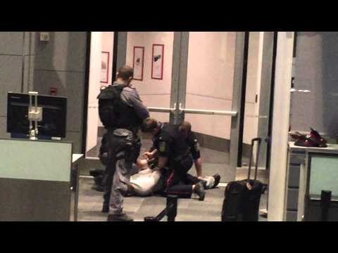 Man trying to forcefully board Turkish Airlines at Toronto Pearson Airport