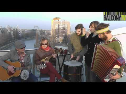 STEAMING SATELLITES - THE SEA (BalconyTV)