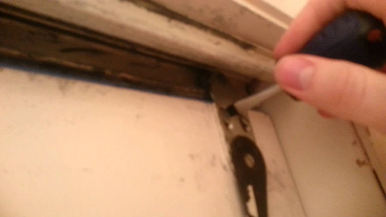 How To Remove Sliding Closet Doors Youtube