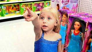 Девочка и кукла в магазине игрушек / Сказки для Евы