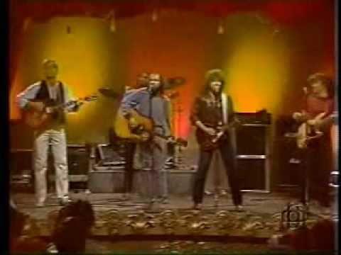 "WGB: cover The Kinks' ""Lola"""