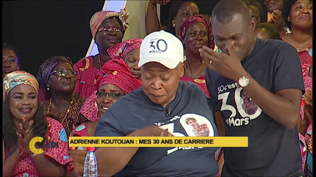 Phylo fond en larmes devant Adrienne KOUTOUAN
