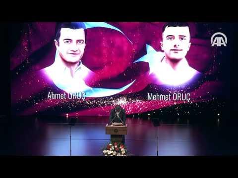 Şehit babasından Cumhurbaşkanı Erdoğan'ı ağlatan şiir