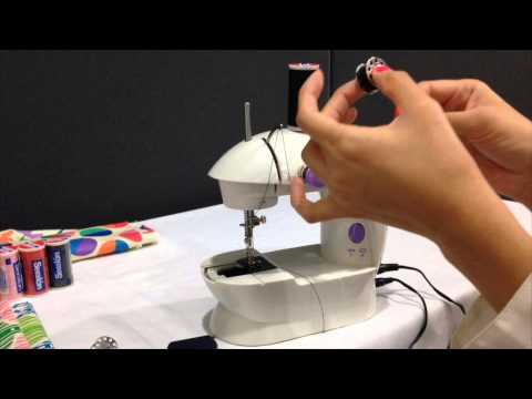 Uso de la Mini Máquina de Coser Coats - YouTube