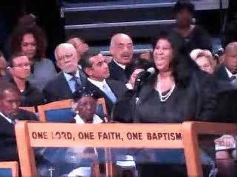 Aretha sings at the funeral of Miss Rosa Parks