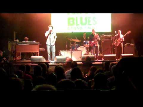 Derek Trucks & Band - Soul Serenade - House of Blu...