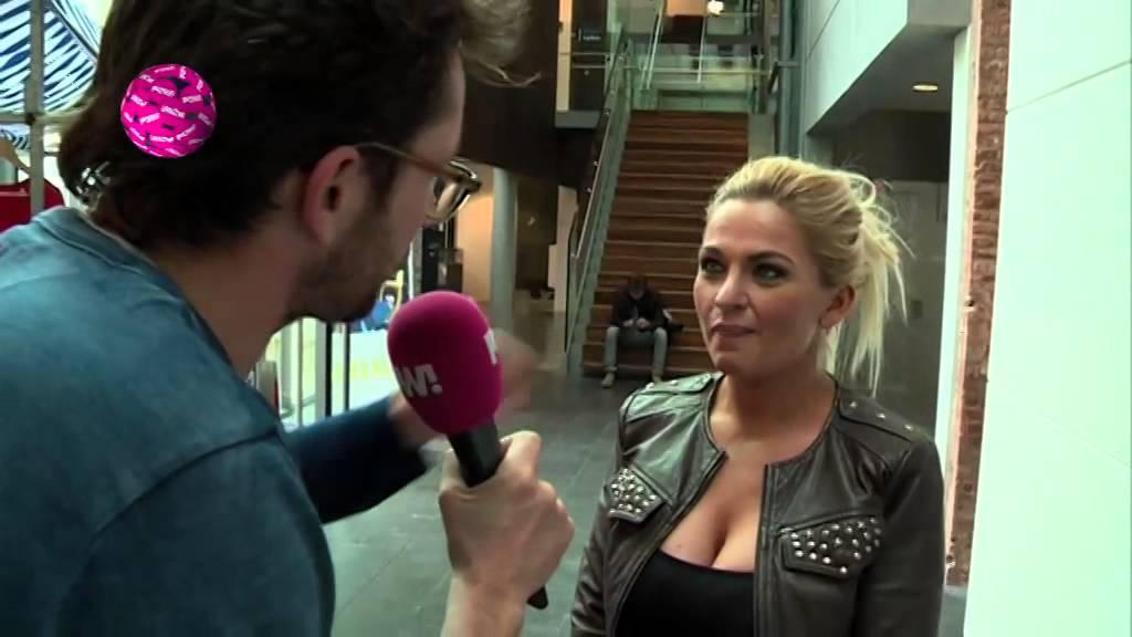 Britney spears boob slip at concert