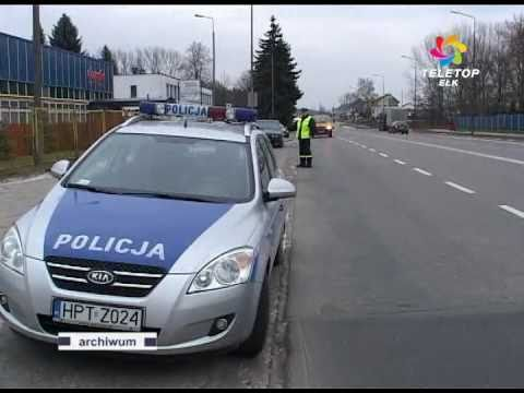 Policja o brodach i długich włosach
