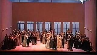 "Tchaikovsky:""Eugene Onegin"" - Act 2: Entr"