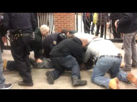 NYPD cop kicks fellow officer in the head