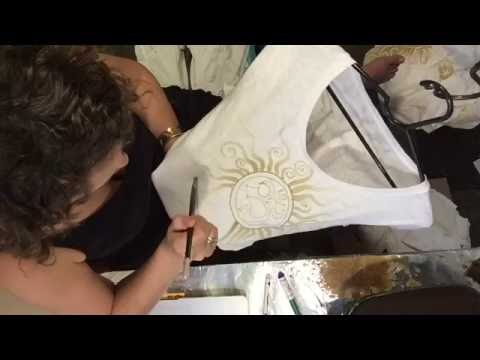 Painting a Batik T-shirt – First Layer Beeswax