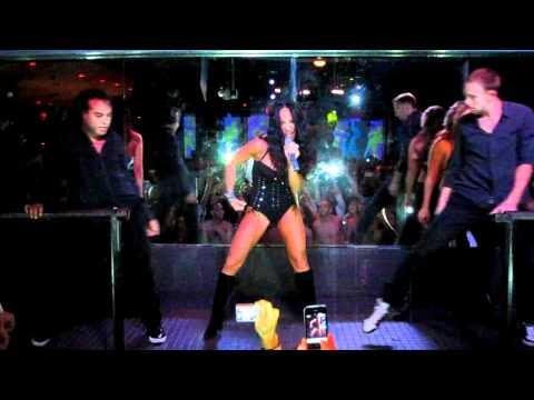 "Melissa Gorga Performs ""On Display"" at Splash's The F Word"