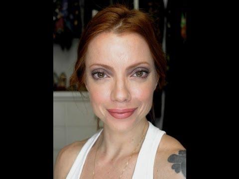 Julia Petit Passo a Passo Bonita e Rápida Maquiagem