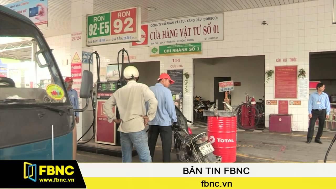 FBNC – 15 giờ hôm nay, xăng giảm giá gần 1.200 đồng/lít