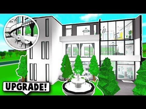 MY NEW RENOVATED HOUSE TOUR ON BLOXBURG! (Roblox)