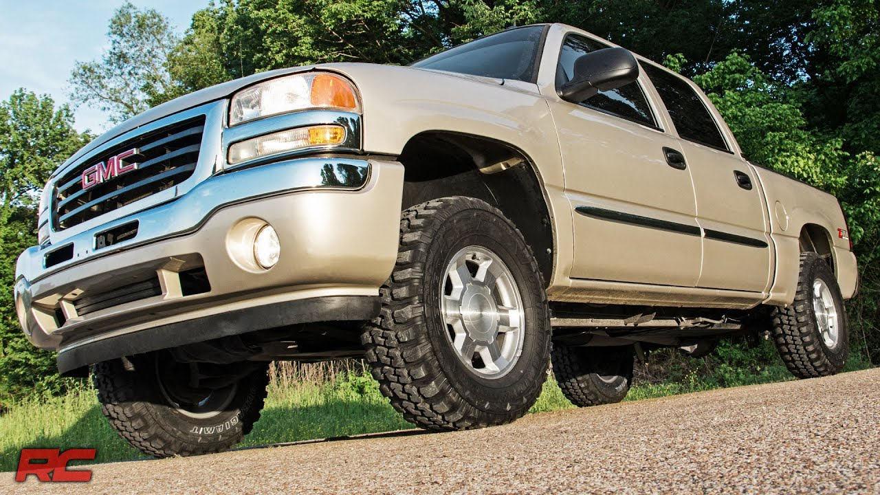 installing 1999 2006 gm 1500 pickup 1 5 to 2 5 inch suspension lift kit by rough country [ 1280 x 720 Pixel ]