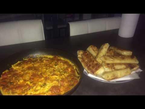 oeufs-a-la-tomate/recette-marocaine-ultra-simple-et-trÈs-bonne