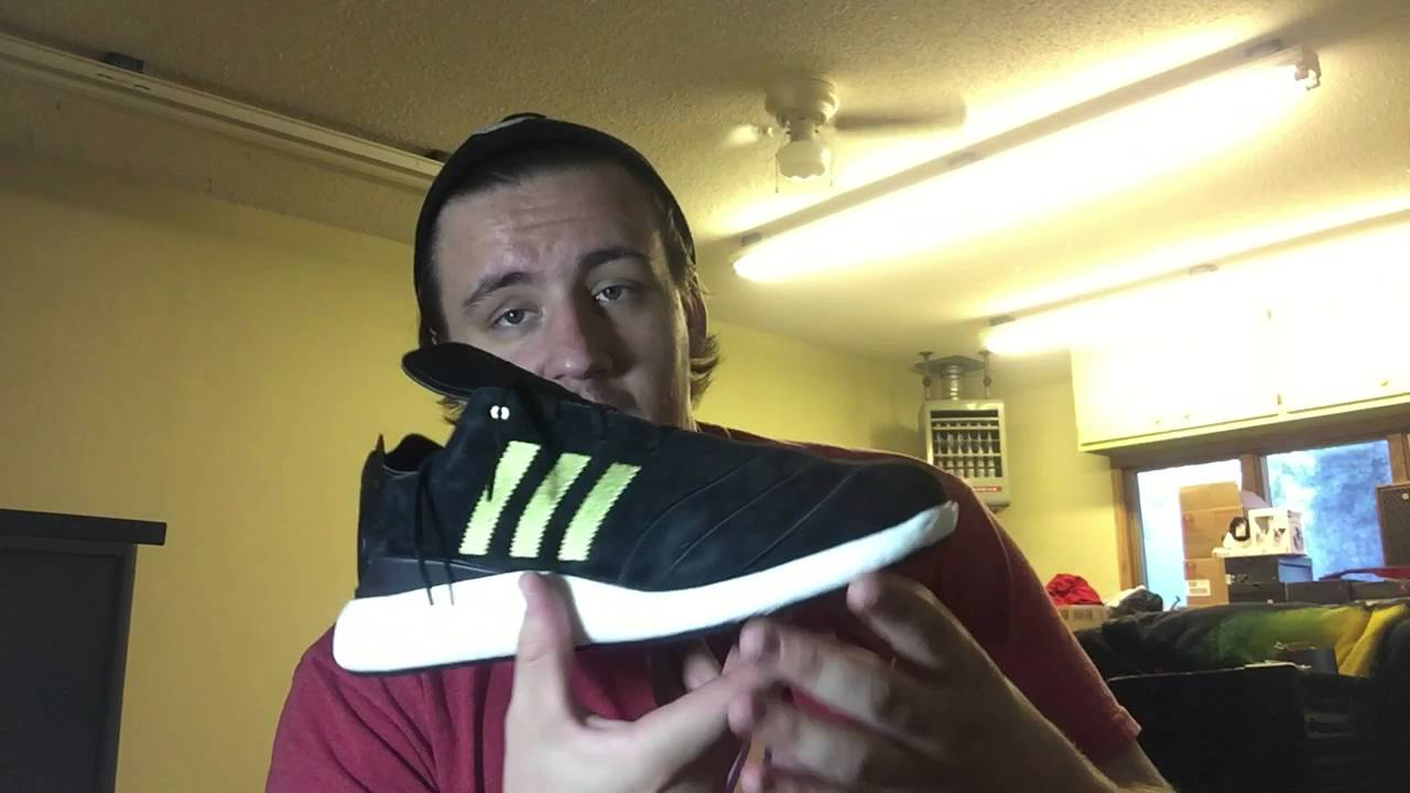 low priced 865d0 a2b24 ADIDAS BUSENITZ PURE BOOST 10 YR UNBOXING  BLACK AND GOLD