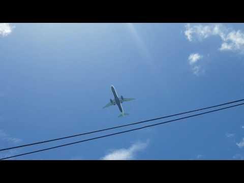 Flight JBU1261 arriving into Bridgetown Barbados flying over Oistins