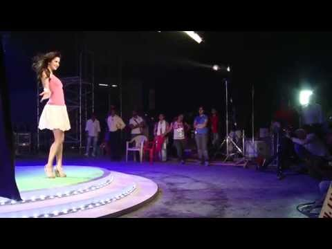 Katrina Kaif in Veet TVC Making thumbnail