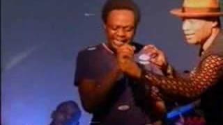 Koffi Olomide & Quartier Latin live: Gros Bebe (vocaux)