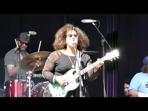 I Found You - Alabama Shakes (Live at Lollapalooza Chile 2013) [720p HD]