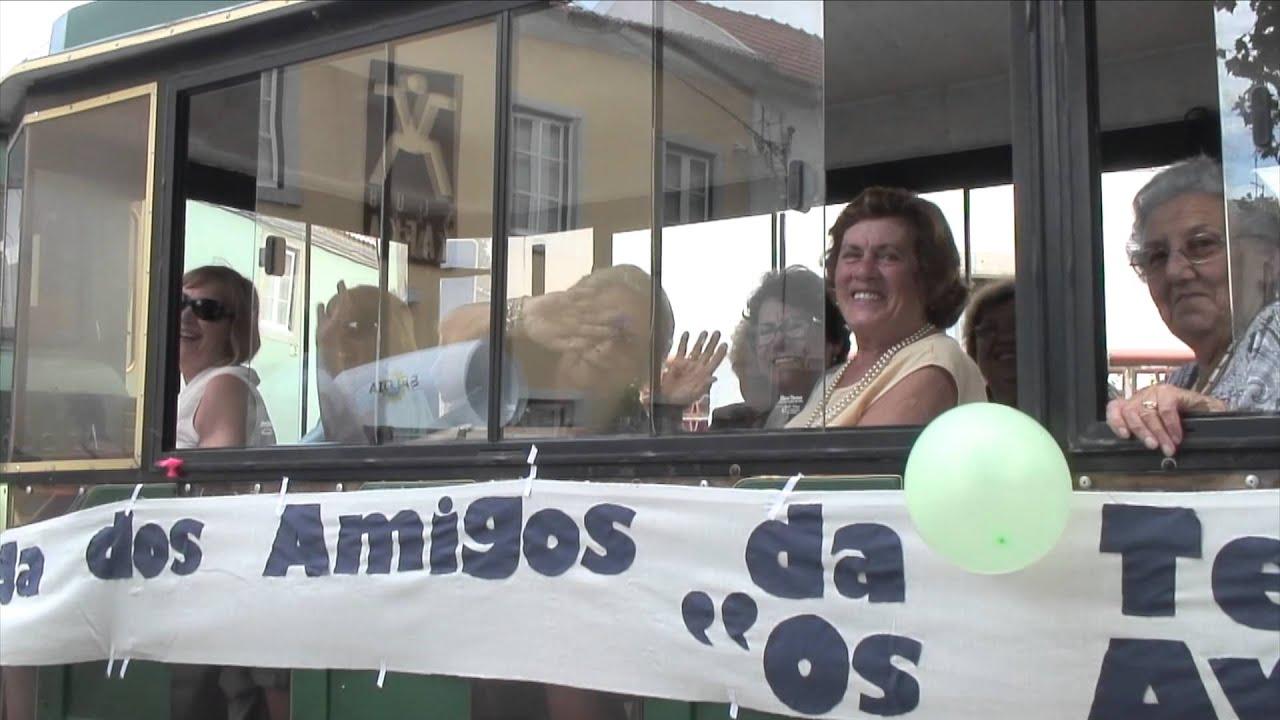 As Festas da Nª Srª do Cabo Espichel tiveram este Domingo dia 14 de Setembro de 2014 o VIII Cortejo Regional de Sintra. Neste video podemos ver o percurso do...