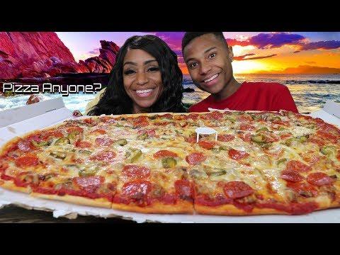 Klasiana's Pizza Mukbang with It's Darius