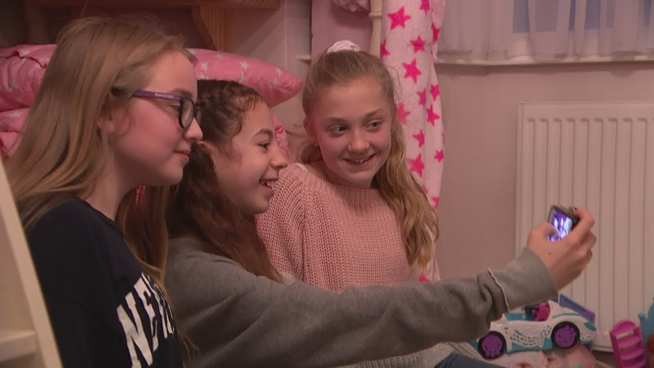 Children grow up 'chasing likes' on social media